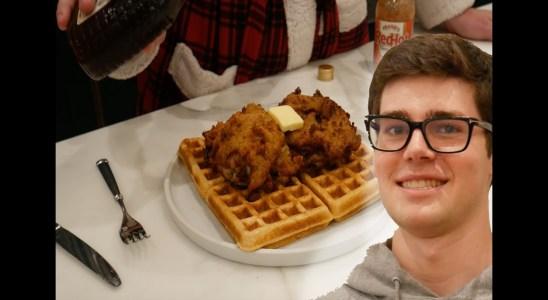FRIED CHICKEN & WAFFLES - Breakfast Club Cooking #4