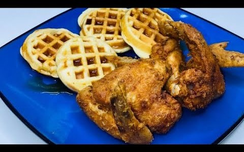 Chicken and Waffles/Mini Belgian Waffles and Chicken Wings