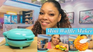 MINI WAFFLE MAKER!! ||RECIPES||