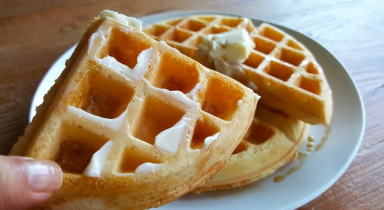 Light, Crispy and Fluffy Waffles Recipe (with rice flour)