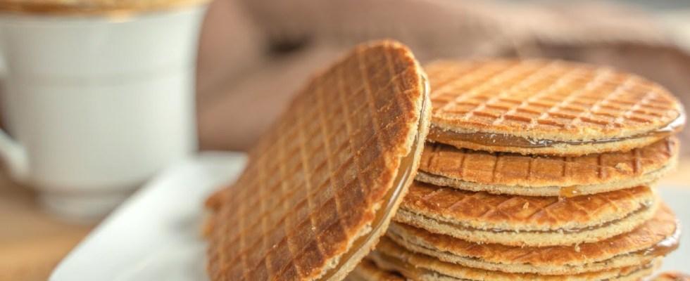 Stroopwafel Recipe - Dutch Waffle Cookies