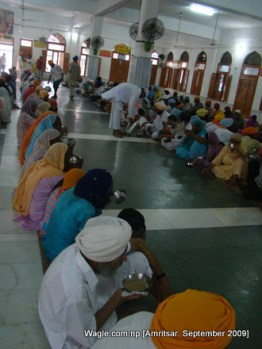 sikh langar in golden temple