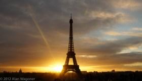 eiffel_sunrise_flare