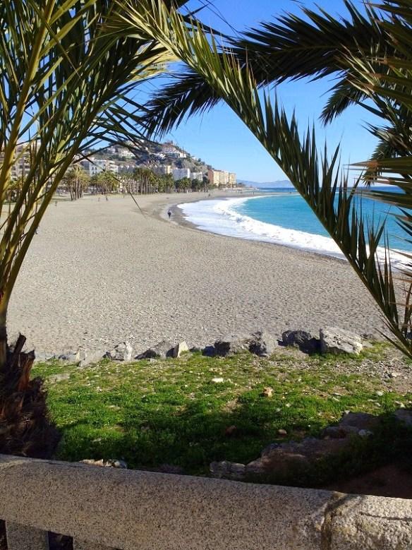 playa puerta del mar Almunecar - Costa Tropical Spain