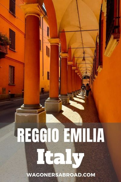 We fell in love with the small town of Reggio Emilia, Italy. It had so much charm and character. Come explore with us on a photo walk. Read more on WagonersAbroad.com