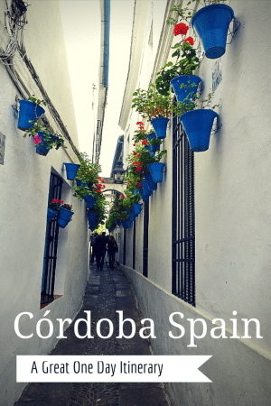 Looking for the perfect day in Córdoba Spain?  There are times when you just want to get away from the normal routine.  A week-long vacation may be out of the question, but there's no reason why you can't enjoy a quick weekend trip to take in some culture. If you only have 1 day in Córdoba, don't worry as it is just the sort of place for a great day trip, short weekend or you can also easily enjoy a full week.  It is idea for a Cordoba day trip from Seville. Read more on Wagoners Abroad.com
