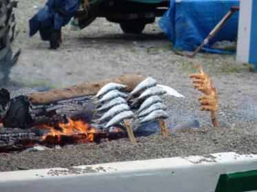 Food in Almuñécar - Barbacoa Sardines on stick