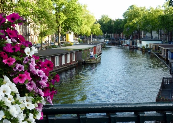 #Amsterdam Living Wagoners Abroad July 2014 #GowithOh