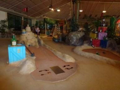 Het Meerdal Indoor Mini Golf very cool