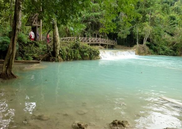 Kuang Si Waterfalls - swimming pool