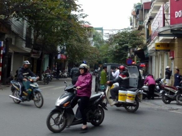 Scooting Around Hanoi (5)