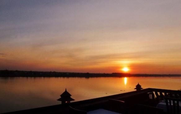 Sengtawan Riverside Hotel Roof Terrace Vientiane Laos