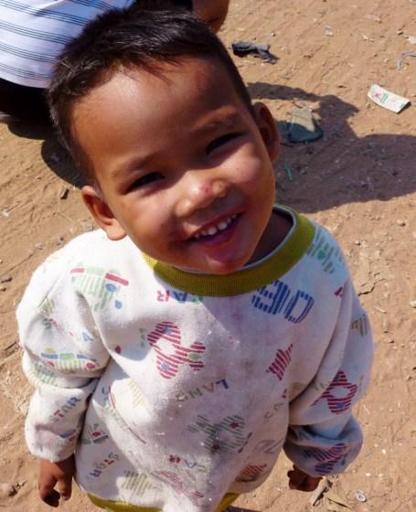 Tara Riverboat Chong Khneas Village a kid who makes your heart melt