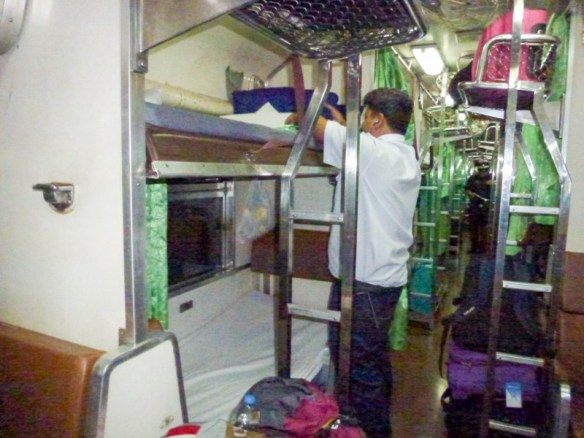 Bangkok-to-Koh-Tao-on-Sleeper-Train-11