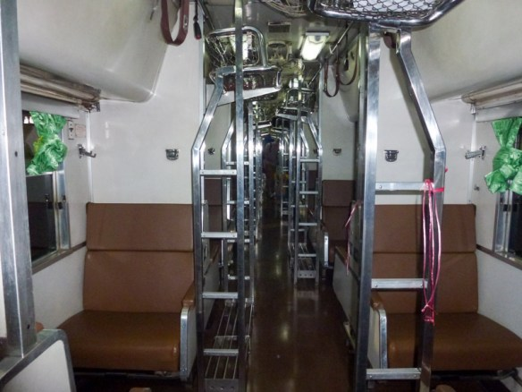 Bangkok-to-Koh-Tao-on-Sleeper-Train-5