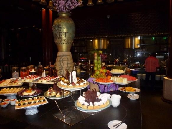 Meritus Pelangi dinner buffet desserts