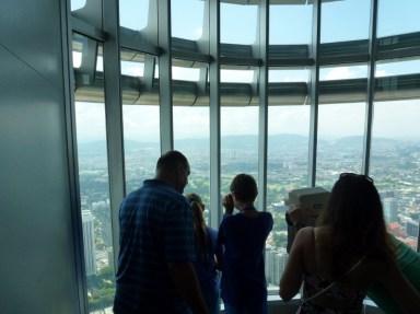 Petronas-Twin-Towers-Kuala-Lumpur-(20)