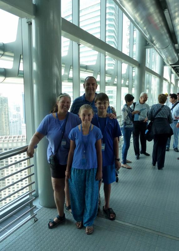 Petronas-Twin-Towers-Kuala-Lumpur-(6)