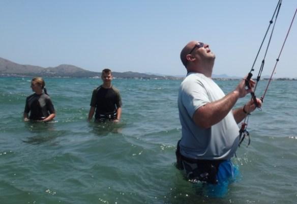american-family-training-kitesurfing-lessons-mallorca