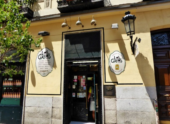 Devour Madrid Food Tour - Los Gatos