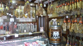 La-Alberca-Local-Butcher