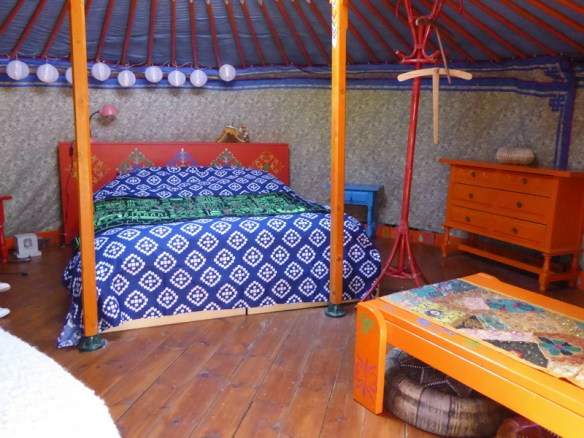 What is a yurt? It's a circular tent of canvas, felt or skins on a collapsible framework, mainly used by nomads in Mongolia, Siberia, and Turkey. Guess what? Glamping yurts are also a hot trend and an amazing way to have a unique experience. There are many options all over the worlds forglamping in a yurt. This is at The Nomad Xperience Granada Spain