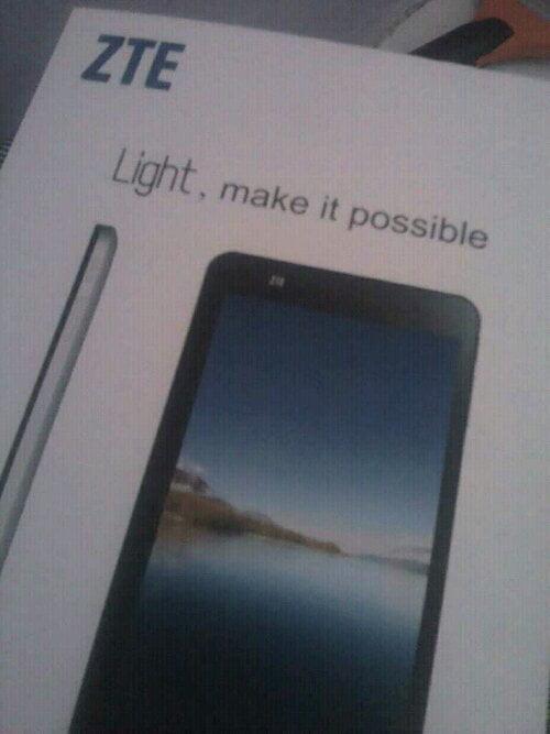 ZTE Light