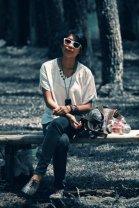 topshop-shoes-mango-jeans-shirt-fossil-purse-oakley-glasses_400