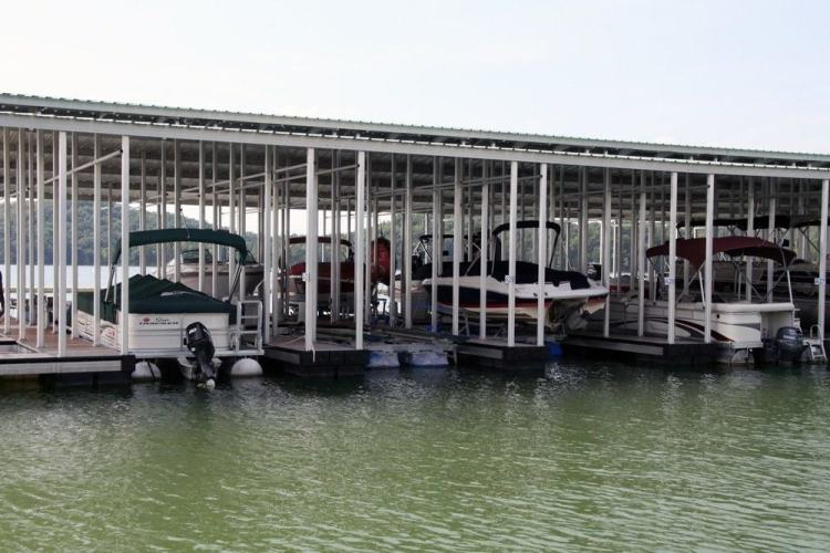 wahoo commercial aluminum docks with multiple slips - marina construction with gable roof