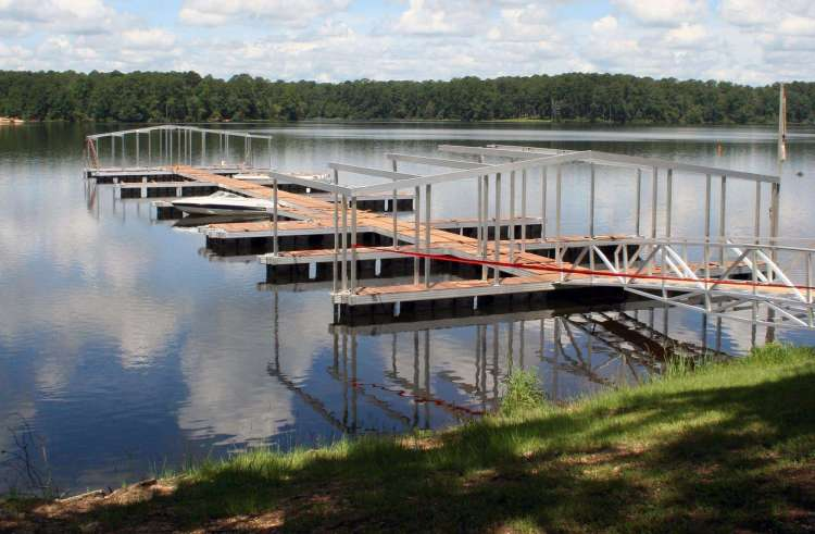 wahoo aluminum docks commercial marine construction at percy quinn state park under construction early stages