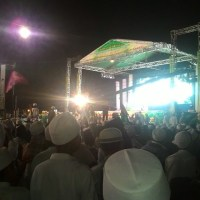 Bersholawat Bersama Ra Fakhri dan Habib Syekh