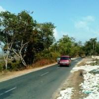 Menyusuri Aspal di Selatan Madura