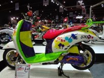 motorshow2011-angle-14-scoopy