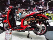motorshow2011-angle-7-scoopy