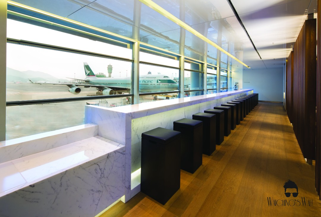 Cathay Pacific Airways_Travel Blogger_Vancouver Dubai_Waichings Wall-01