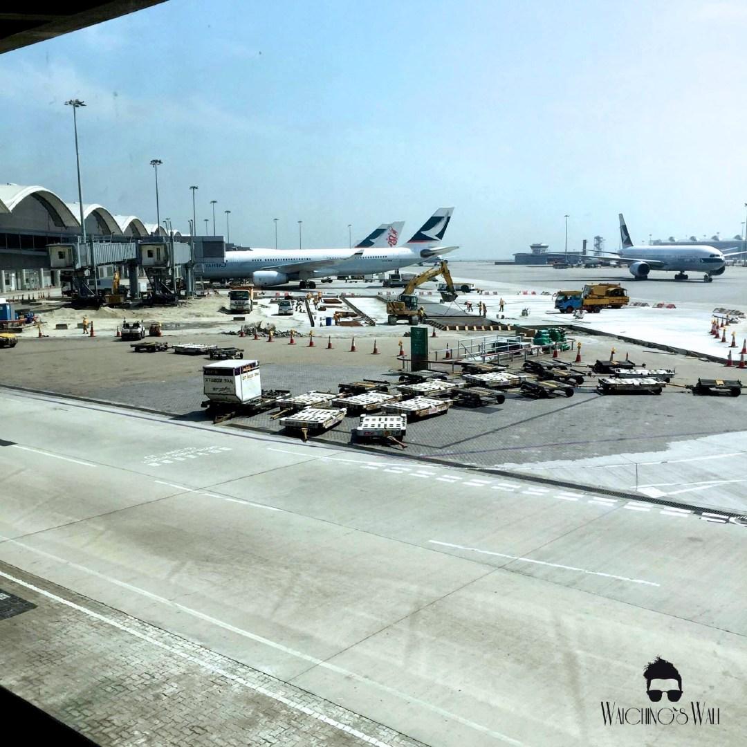 Cathay Pacific Airways_Travel Blogger_Vancouver Dubai_Waichings Wall 4