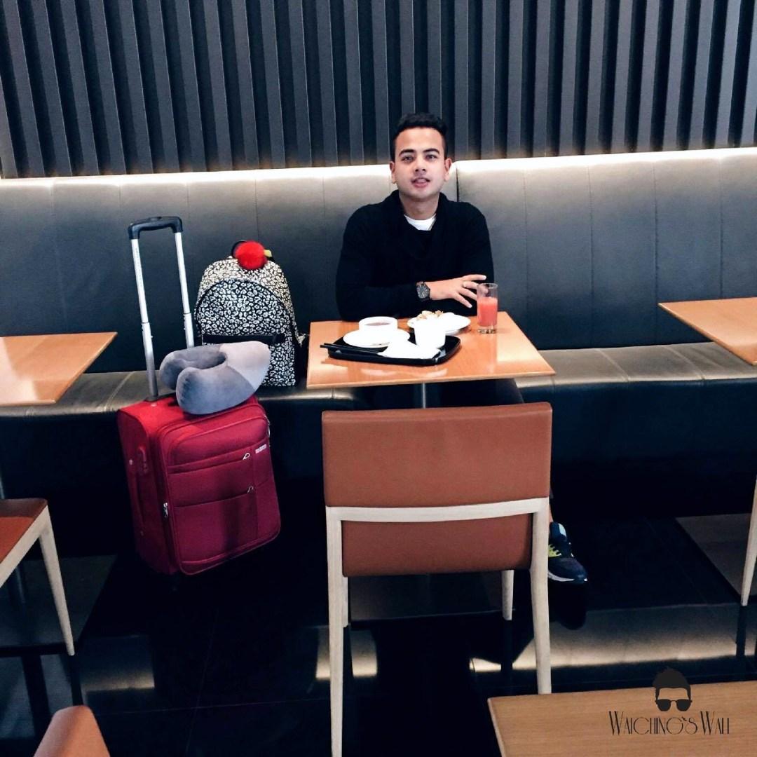 Cathay Pacific Airways_Travel Blogger_Vancouver Dubai_Waichings Wall 5
