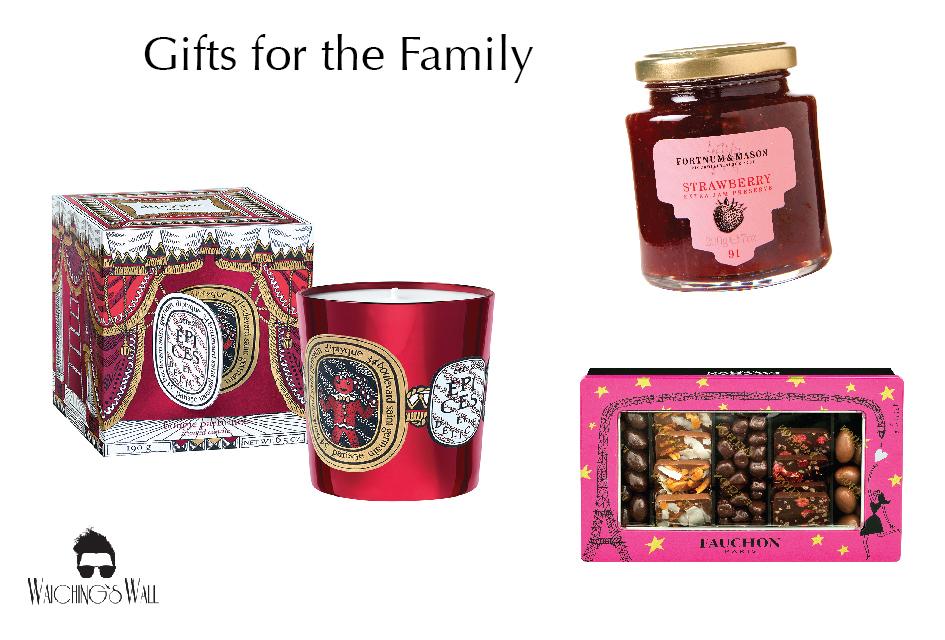christmas-shopping_-holt-vancouver_jonathan-waiching-ho-01