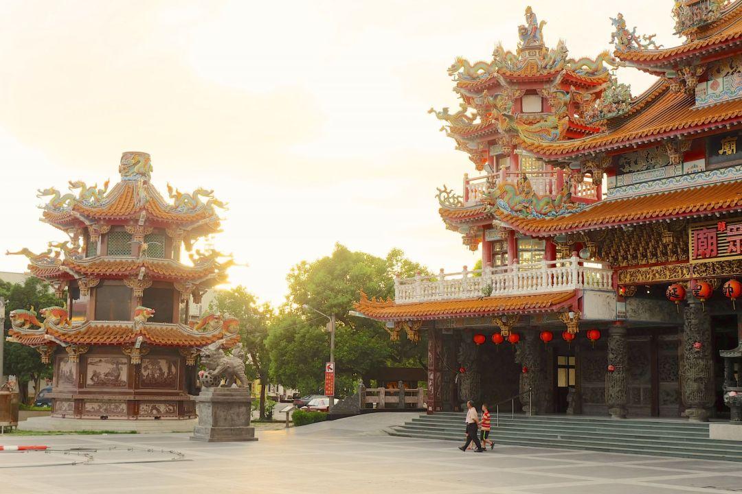 Sunset in Tainan+Visit Tainan + JONATHAN +TRAVEL TAINAN +TAIWAN +TRAVEL BLOGGER CANADA_1