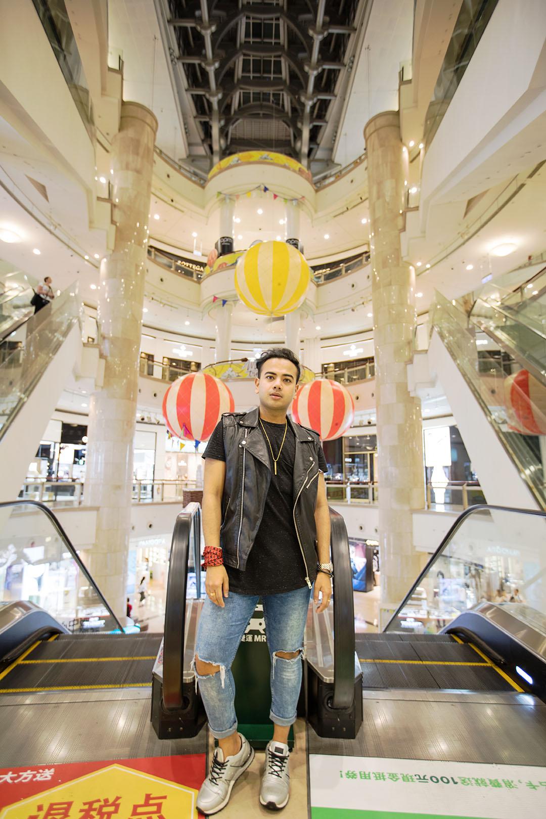 Taipei 101 + Fashion Show _+ Travel influencer + Photoshoot