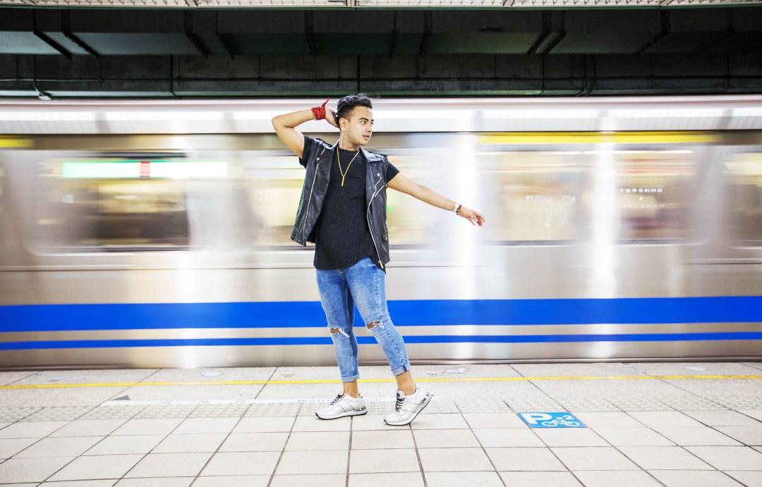Taipei MRT + Streetstyle Star+ Fashion Icon Canada + Mens Fashion + Travel in Style + Visit Taiwan + Elle Taiwan +Fashion Canada +www.waichingswall.com_1