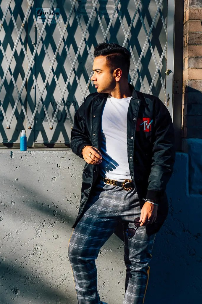 Influencer_Jonathan Waiching Ho_Toronto Fashion Blogger_Vancouver Fashion Blogger_HMoschino_OOTD in Vancouver Top Influencer_7