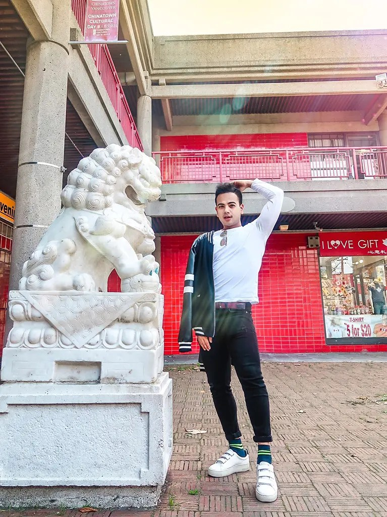 Chinatown_Canada Travel Fashion-Outfits for Men-Top Male Bloggers Canada Vancouver Toronto