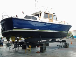COMMODORES BARGE -- FINISHING TOUCHES GULF HARBOUR 3.2.16 - 3