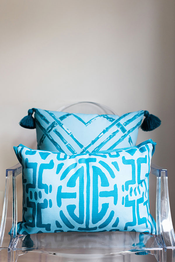 Lacefield Designs Weather Friendly Pillows, Waiting on Martha   Rustic White Photography
