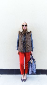 1be9245cc20d 6 Chic Holiday Party Outfit Ideas