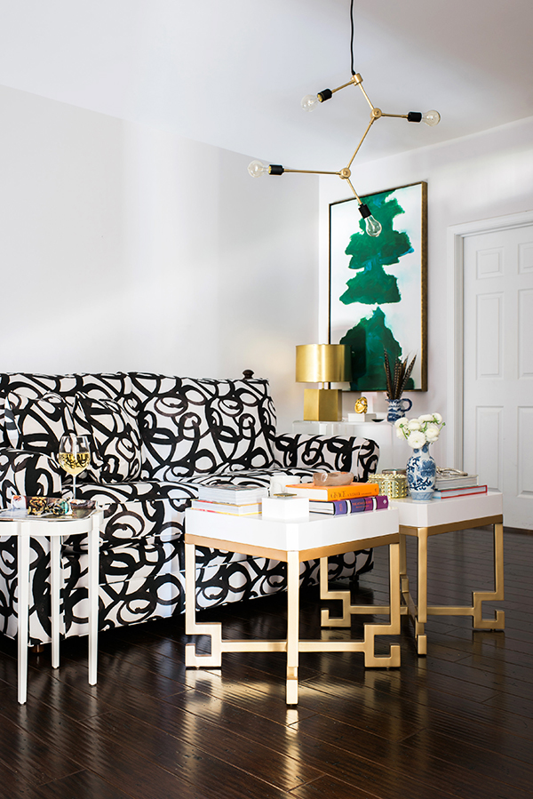 Bold couch pattern