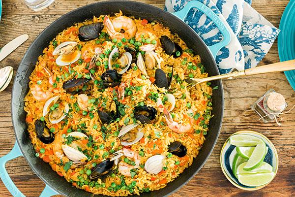 Spanish seafood paella, @waitingonmartha