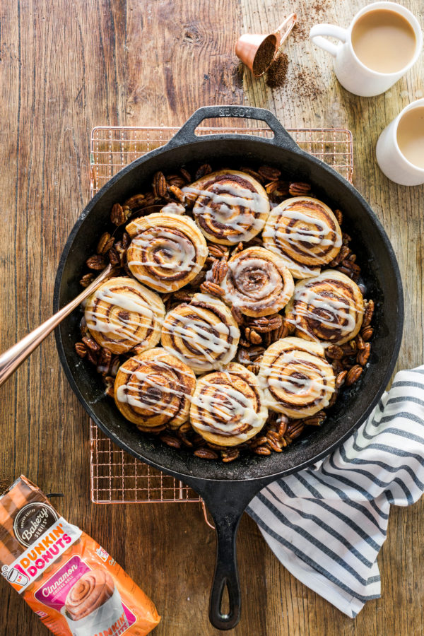 Skillet pecan cinnamon rolls recipe via @waitingonmartha @dunkindonuts #spon #cinnamonrolls #coffee