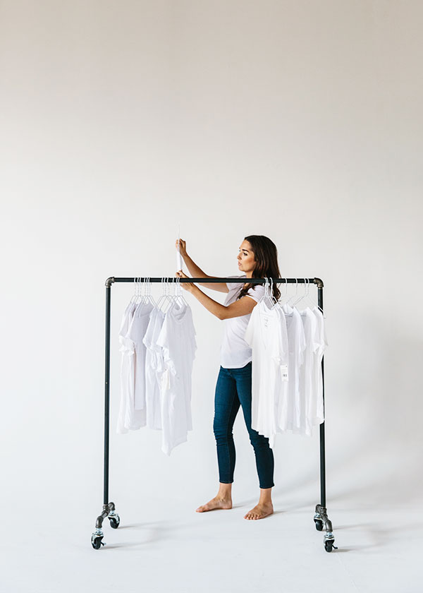 How to find the perfect white tee, @waitingonmartha